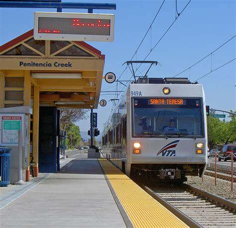 Santa Clara Valley Transportation Authority Light Rail Santa Clara Lights