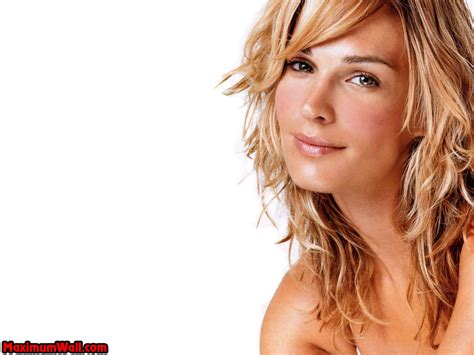 Molly On The by Molly Molly Sims Wallpaper 806573 Fanpop