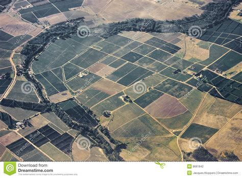 Patchwork Farm - patchwork of farm land stock photography image 8661842