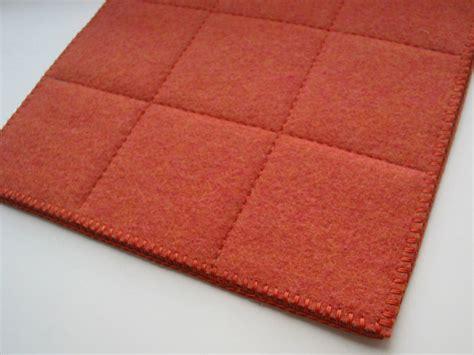 tappeto feltro tappeto quadrato in feltro a motivi geometrici grid