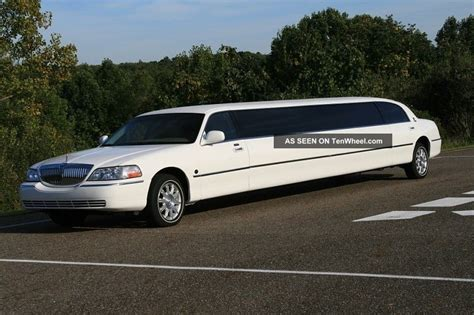 Limousine Car by Limo Limousine 2006 Lincoln Town Car Limo 180 Quot Stretch