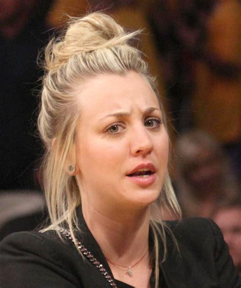penny big bang theory hair messy bun kaley cuoco without makeup star goes casual at