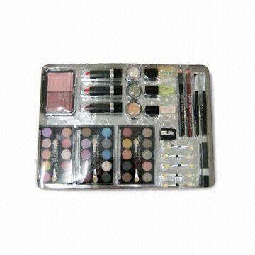 Nail Import 3cm makeup kits with lipstick lip gloss eye shadow blusher