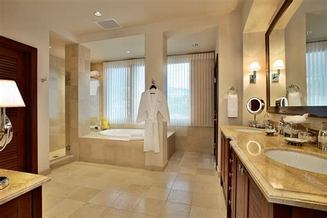 master bedroom bathroom wailea beach villas d 302 bella luna southshore maui
