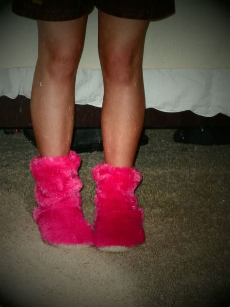 fuzzy bedroom slippers 25 best images about lounge on pinterest sweatpants fuzzy slippers and vs pink