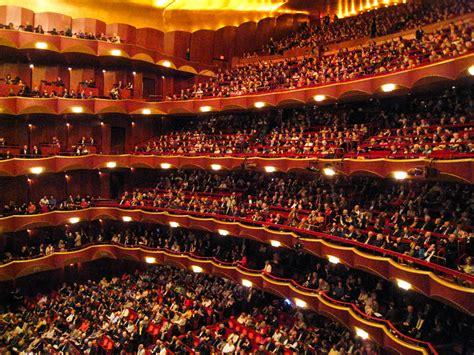 metropolitan opera carmen centrum sztuki wspolczesnej
