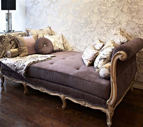 Schlafzimmer Chaises by Tres Chic Decor Vintage Finds For Any Budget