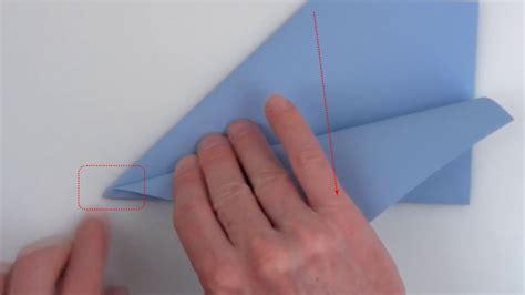 ギネス記録保持者が教える 世界で最も遠くまで飛んだ紙飛行機の折り方 gigazine