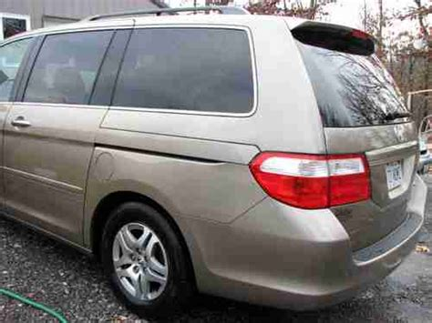 sell   honda odyssey  mini passenger van  door  nr  creal springs illinois