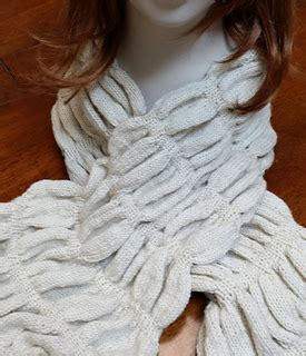 knit n knibble ravelry snowdrifts ruched scarf pattern by caroline kerr