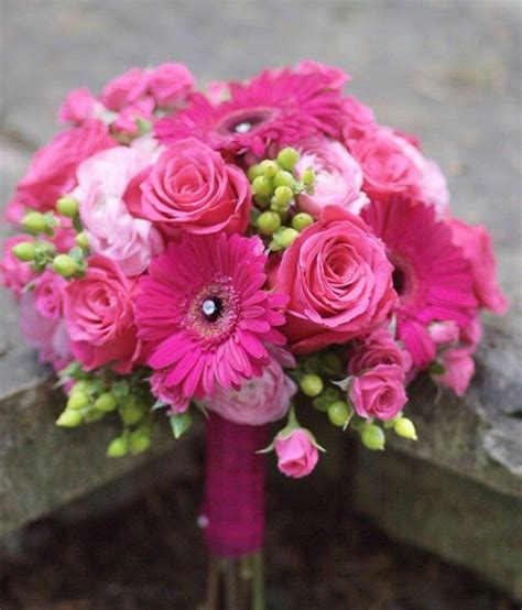 imagenes de ramos de rosas para xv ramos de flores para quince a 241 os ramos de flores para