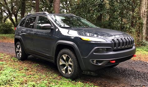 trailhawk jeep 2017 2017 jeep trailhawk hd road test review plus 2