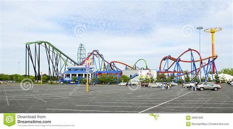 7 Great Amusement Parks For by Parking Lot At Roller Coaster Amusement Park Editorial