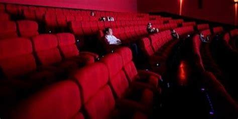 Film Bioskop Terbaru Kelapa Gading | nonton film di bioskop yang tak biasa kompas com