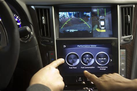 infotainment car digital radio hack sees car steering and braking remotely