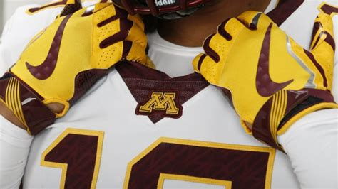 minnesota row the boat uniforms pass or fail minnesota football s new boat inspired