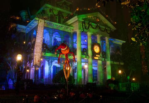 haunted house disneyland haunted mansion holiday at disneyland park