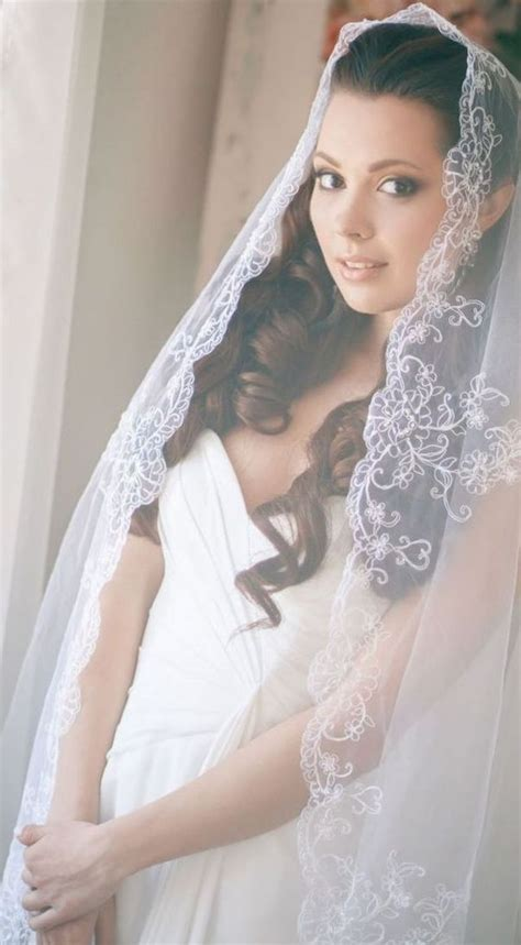 Wedding Hairstyles For Veils And Tiaras by Wedding Hairstyles With Veil