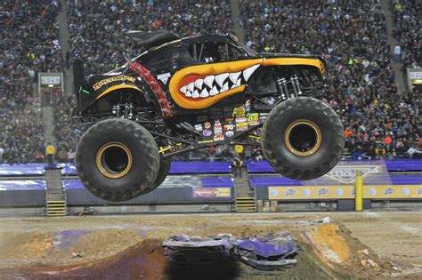 monster truck show columbus ohio wdw hints jammin with monster jam wdw hints