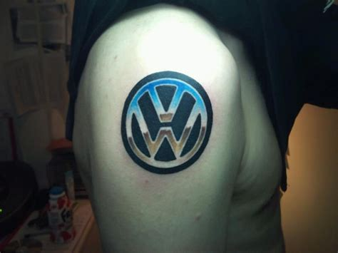 vw logo tattoo das vw tattoos pinterest