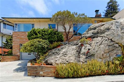 This House Is Built On Like A Rock The Hellbaum House In Berkeley Is Built Into