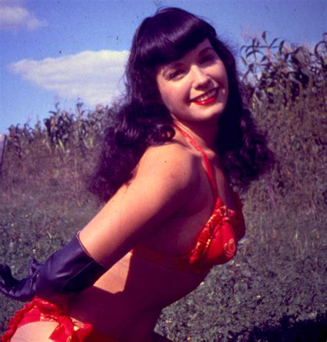 bettie page and bunny yeager legendary queens of pin up