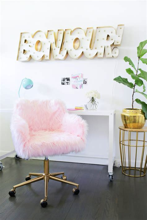 Fuzzy Desk Chair by Project Restyle Office Chair Makeover A Beautiful Mess