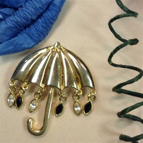 mary poppins brooch pin 60 off vintage jewelry vintage umbrella raindrop brooch