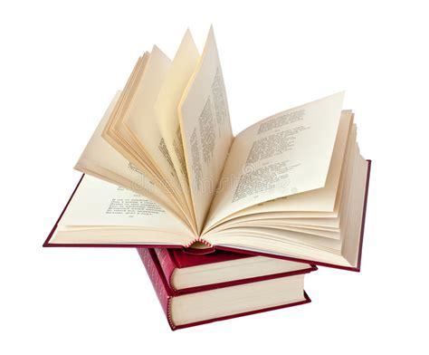 imagenes libres libros pila de los libros y de un libro abiertos foto de archivo