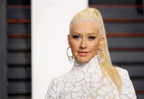 Aguilera Vanity Fair Oscar Aguilera 2015 Vanity Fair Oscar 02