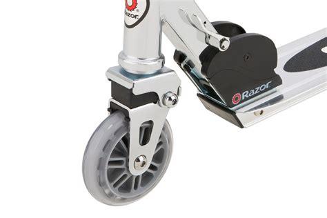 razor a lighted wheel kick scooter razor a lighted wheel kick scooter 28 images