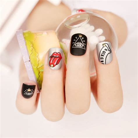 Lip Manicure design on nails www pixshark images galleries