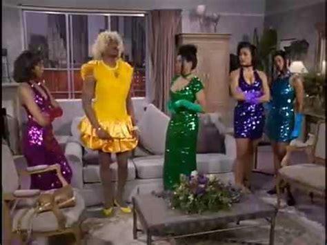 who sings in color wanda sings with en vogue