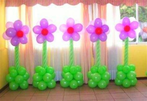tutorial para decorar con globos como hacer flores con globos para decorar un baby shower
