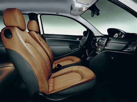 nettoyer si鑒e en cuir voiture entretien et nettoyage du cuir de voiture et moto