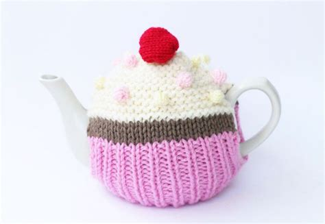 cupcake tea cosy knitting pattern free 162 best knit images on for knitting
