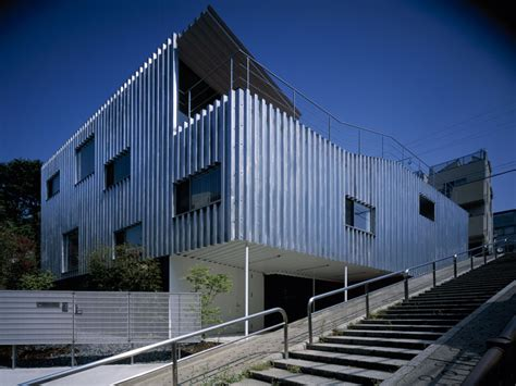 tokyo blue roofing steel house 鉃 の家 architecture kengo kuma and associates