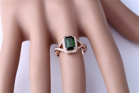 infinity 2 carat emerald and engagement ring for