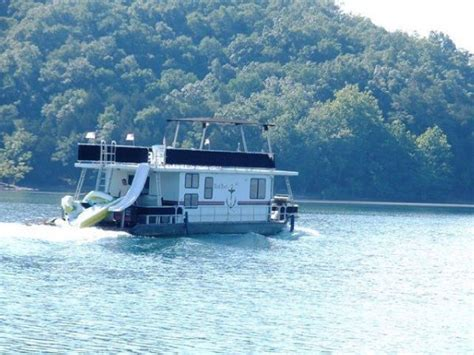 boats for sale dale hollow lake new and used boats for sale on boattrader boattrader