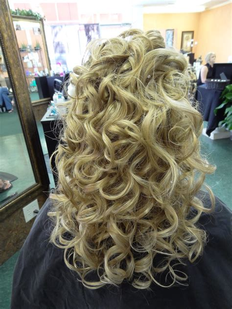 pageant curls hair cruellers versus curling iron 17 best ideas about big pageant hair on pinterest big