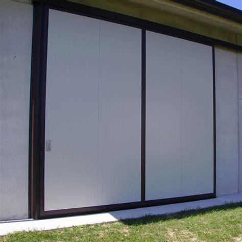 portoni capannoni portone in alluminio a scorrimento su capannone