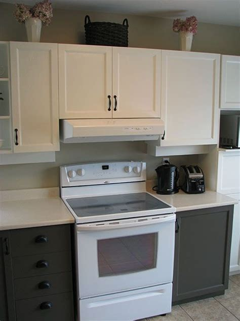 2 tone painted kitchen cabinets kitchen remodel ideas