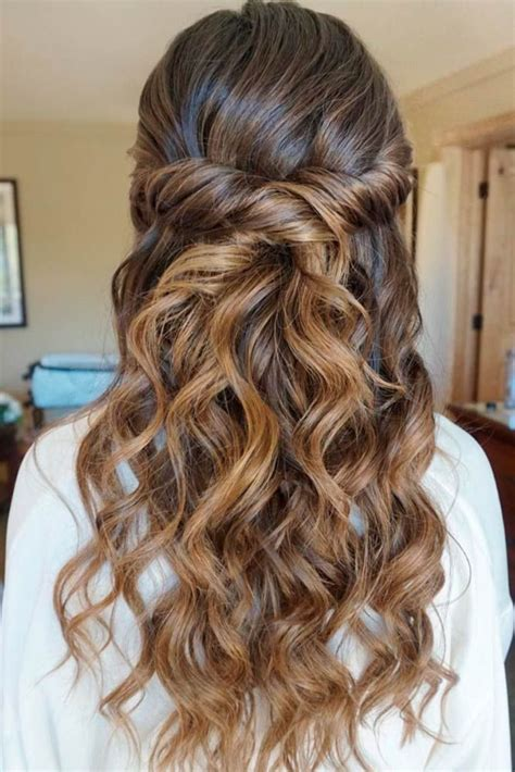 Pictures Of Prom Hairstyles by Prom Hair Styles With Extensions 25 Best Ideas About
