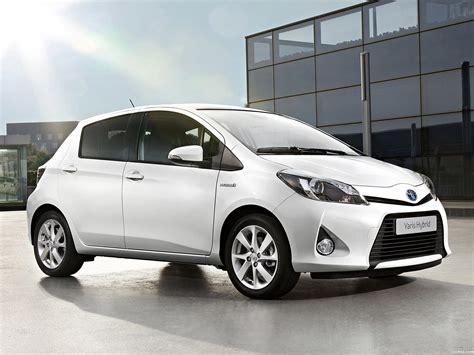 Toyota De Fotos De Toyota Yaris Hybrid 2012