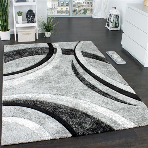 Teppich Schwarz Grau Weiß by Designer Teppich Mit Konturenschnitt Muster Gestreift Grau