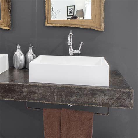 mobili sospesi da bagno composizione mobili da bagno sospesi con specchi in legno