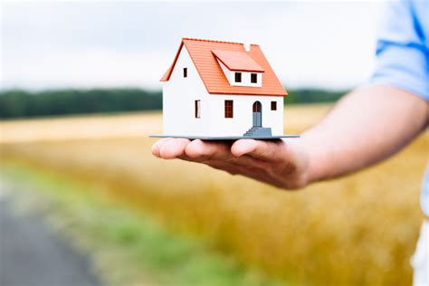 ensure house insurance how to decide how much home insurance you need