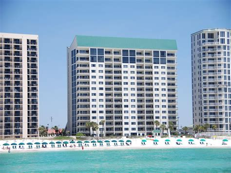 Emerald Towers 1104 Gulf Front Community Vrbo House Rentals In Destin Florida Gulf Front