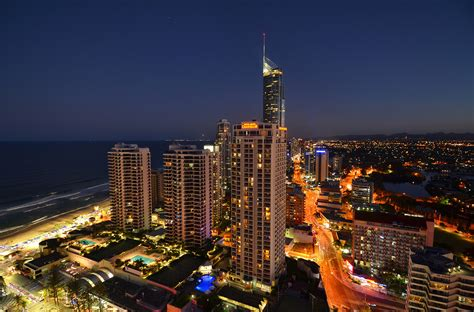 paradise appartments orchid residences apartment 13005 surfers paradise hotel