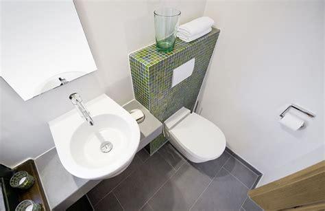 toilette für kleines bad g 228 ste wc fliesen gr 252 n haus design m 246 bel ideen und